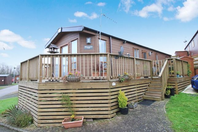 Thumbnail Lodge for sale in Applegrove Lodges, Burniston, Scarborough