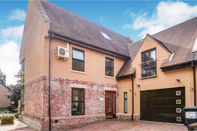 Thumbnail Detached house for sale in Troed-Y-Rhiw Road, Mountain Ash