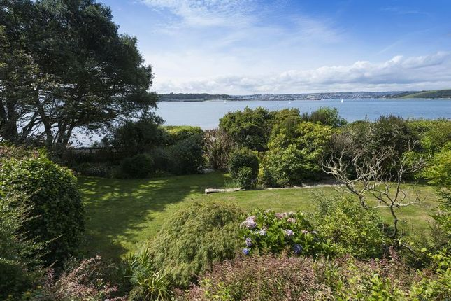 Garden Views of Castle Drive, St. Mawes, Truro TR2