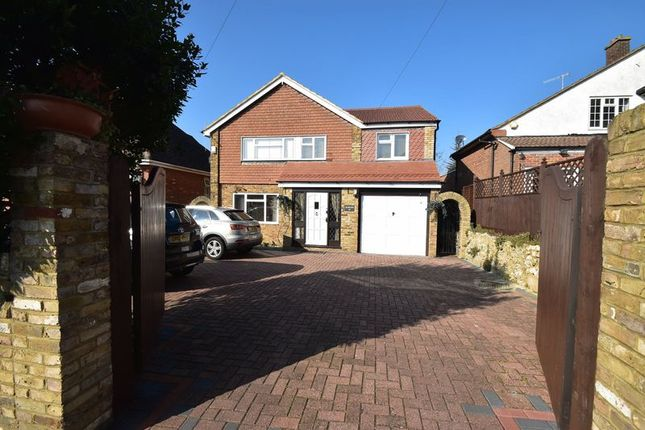 Thumbnail Detached house to rent in Hamilton Road, High Wycombe