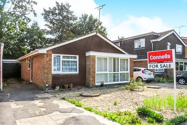 3 bed detached bungalow for sale in Downsview Drive, Wivelsfield Green, Haywards Heath