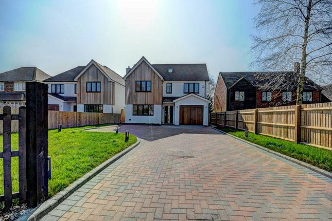 Thumbnail Detached house for sale in Oakley Lane, Chinnor