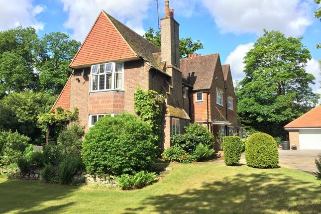 Thumbnail Detached house to rent in Ridgeway Road, Pyrford, Woking, Surrey