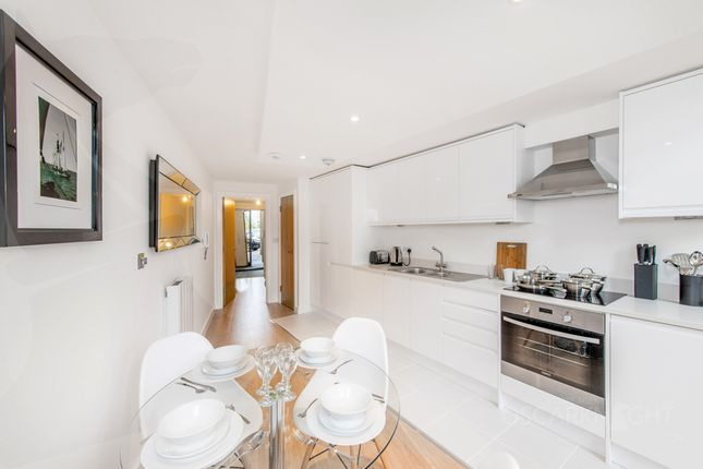 1 bed duplex to rent in Railway Cottages, Durnsford Road, London