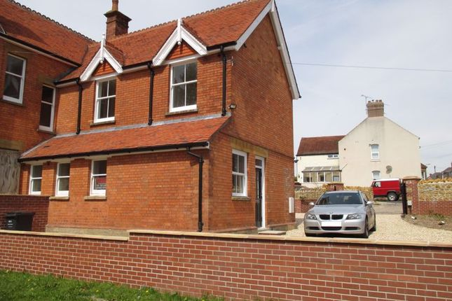 Thumbnail Semi-detached house to rent in St. Michaels Avenue, Yeovil