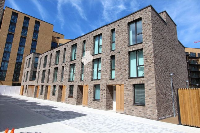 Thumbnail Property for sale in Endeavour House, Royal Wharf, London