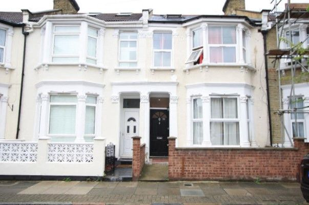 Thumbnail Terraced house to rent in Graveney Road, Tooting