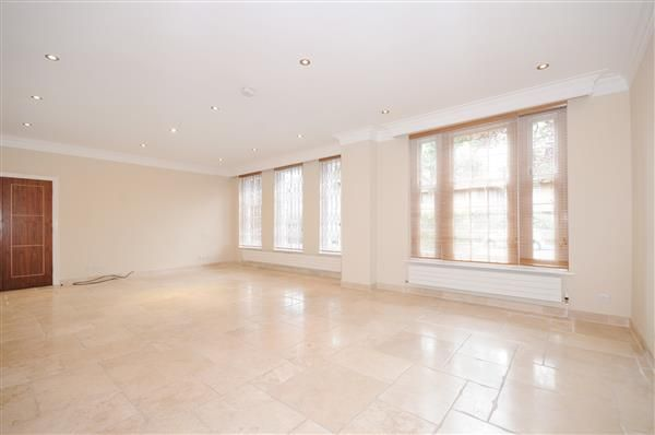 Reception-Room of Springfield Road, London NW8