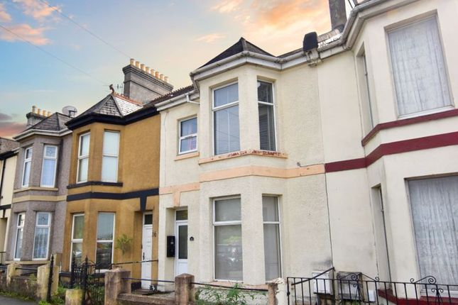 2 bed flat for sale in Pomphlett Road, Plymstock, Plymouth PL9