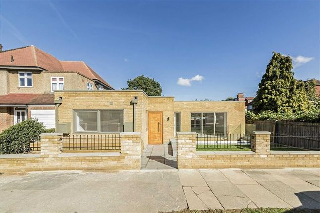 Thumbnail Property for sale in Combemartin Road, London