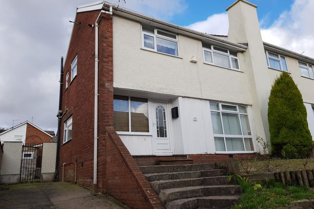 3 bed property to rent in Parklands Road, Tonyrefail, Porth