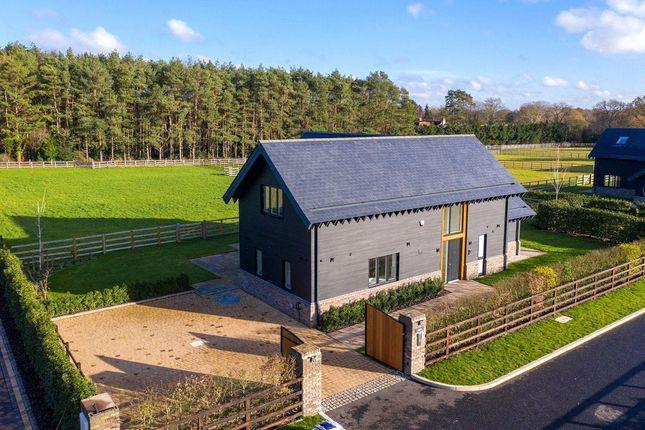 3 bed detached house for sale in The Redlings, Redling Drive, Long Lane, Bovingdon HP3