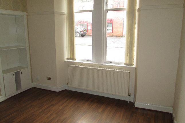 Thumbnail Flat to rent in Macdougall Street, Greenock, Inverclyde
