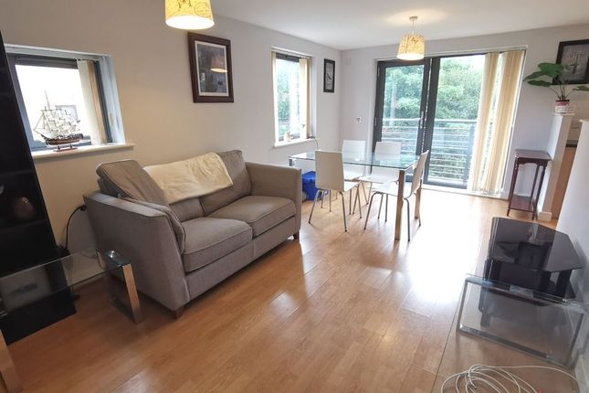 2 bed flat to rent in Woodins Way, Oxford OX1