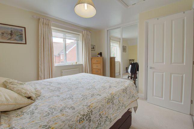 Bedroom 2 of Hall Hurst Close, Loxwood, Billingshurst RH14
