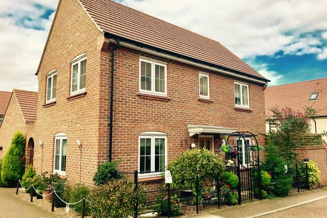 Thumbnail Detached house for sale in Lindsell Avenue, Letchworth Garden City