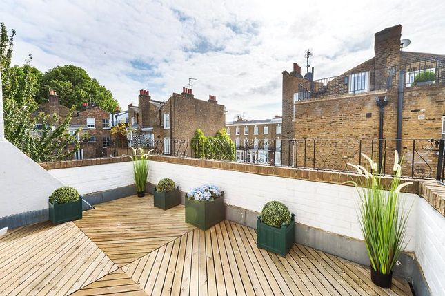 5 bed end terrace house for sale in Redesdale Street, Chelsea, London