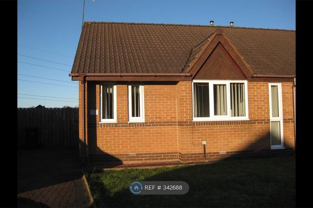 2 bed bungalow to rent in Berkeley Close, Boldon Colliery