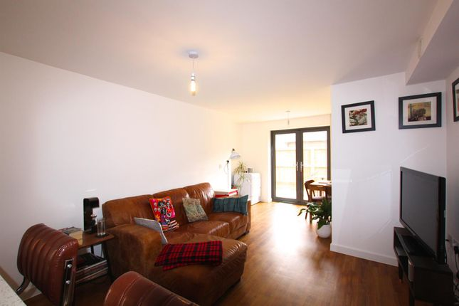 Thumbnail Flat to rent in Braggs Lane, St. Philips, Bristol