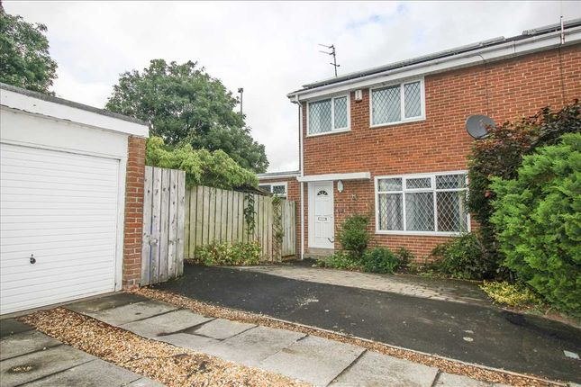 3 bed semi-detached house to rent in Poole Close, Eastfield Chase, Cramlington NE23