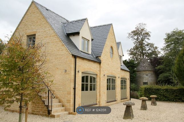 2 bed detached house to rent in High Street, Cheltenham GL54