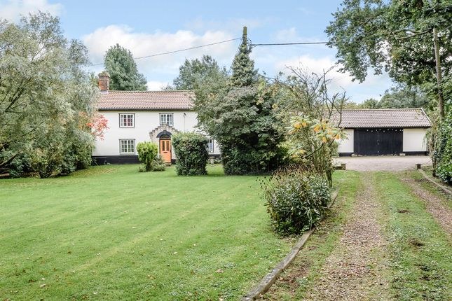 Thumbnail Farmhouse for sale in Short Green, Winfarthing, Diss