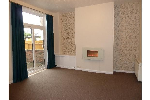 Thumbnail Flat to rent in 111A Watkin Lane, Preston, Lancashire