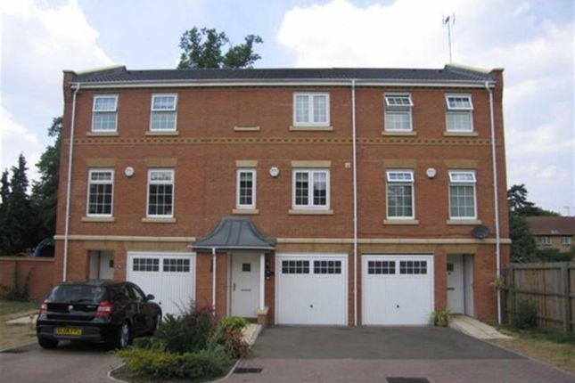 Thumbnail Terraced house to rent in Porthallow Close, Farnborough, Orpington