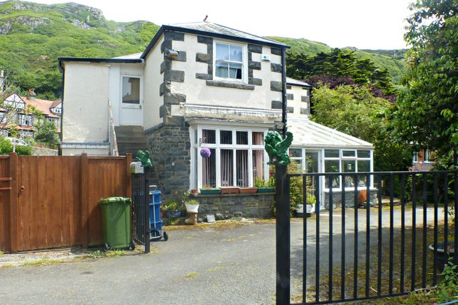 Thumbnail Detached house for sale in Llanaber Road, Barmouth