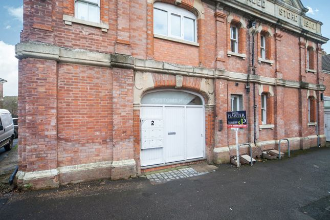 Thumbnail Flat for sale in Huntspill Road, Highbridge