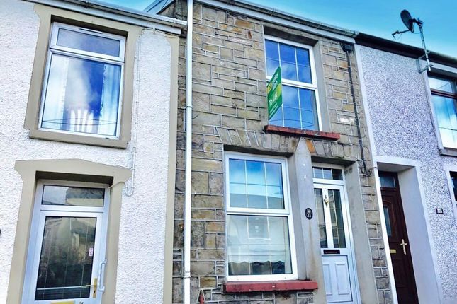 Thumbnail Terraced house to rent in Clive Street, Trecynon, Aberdare
