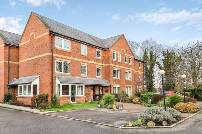 Flat for sale in Henry Road, Oxford