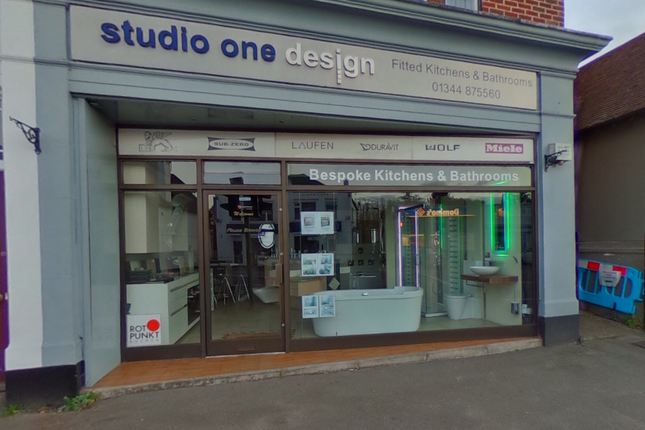 Thumbnail Retail premises for sale in London Road, Ascot