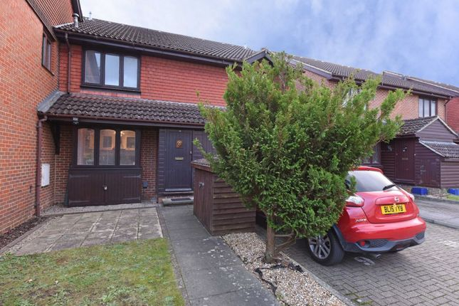 Thumbnail Terraced house for sale in Oak Court, South Street