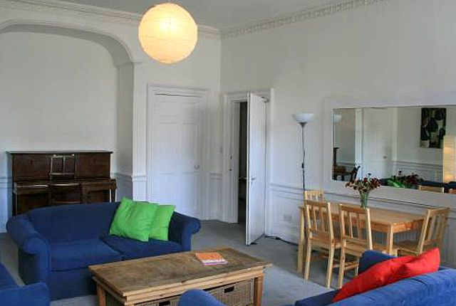 Thumbnail Flat to rent in Edinburgh
