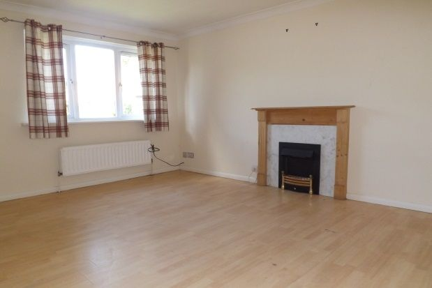 Thumbnail Semi-detached house to rent in Glencoats Drive, Paisley