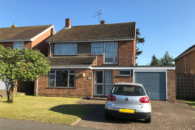 Thumbnail Detached house for sale in Malvern Way, Twyford, Berkshire
