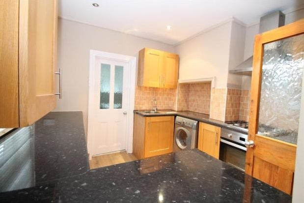 Thumbnail Property to rent in Clarence Avenue, Bromley
