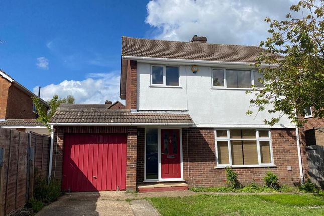4 bed detached house to rent in Ascot, Berkshire SL5