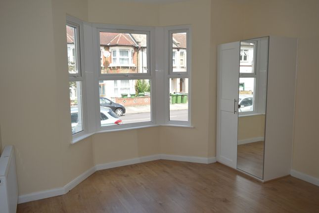 Thumbnail Room to rent in Abbey Wood Road, London