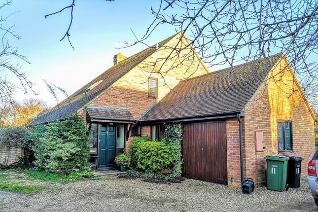 Thumbnail Detached house to rent in Mill Lane, Benson, Wallingford