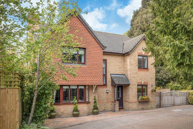 4 bed detached house for sale in St Marys Park, Royston SG8
