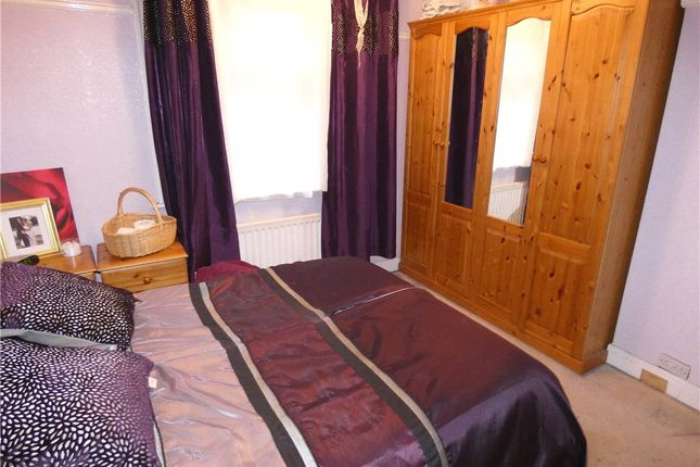 Bedroom of Woodlands Grove, Bingley, West Yorkshire BD16