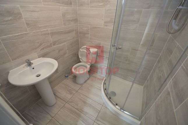 Thumbnail Flat to rent in Station Road, Cross Gates, Leeds