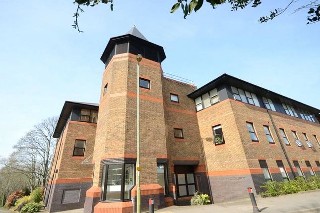 Thumbnail Flat for sale in Chailey Court, 27 Winchester Road, Basingstoke