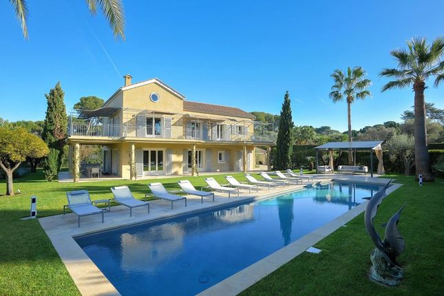 Villa for sale in Cap Dantibes, French Riviera, France