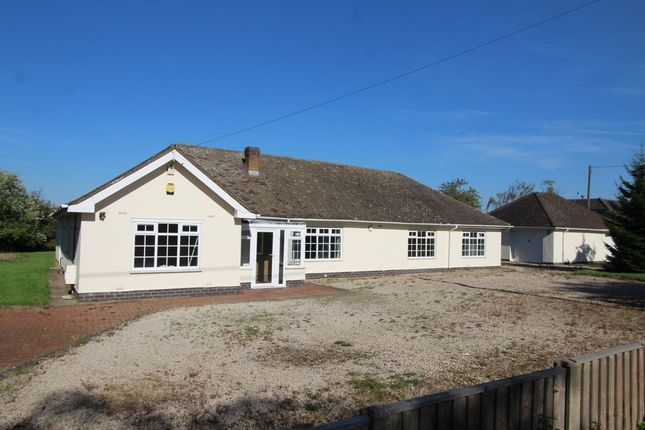 Thumbnail Bungalow for sale in Leicester Lane, Desford, Leicester