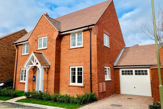 Thumbnail Detached house for sale in Coxwell Road, Faringdon