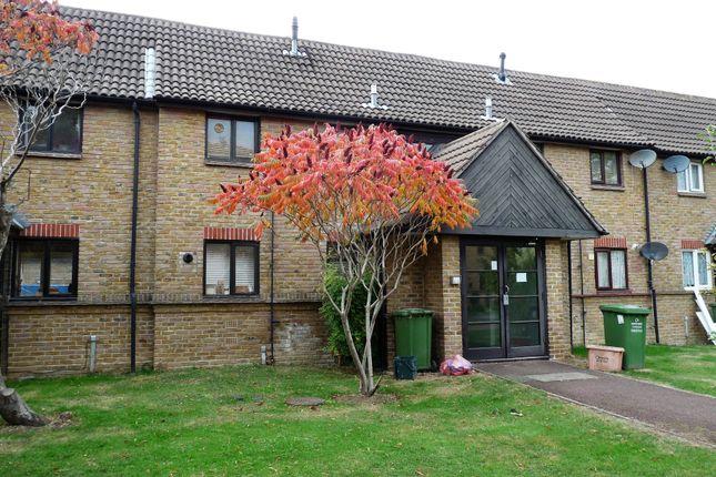 Thumbnail Flat to rent in Littlebury Court, Basildon, Essex