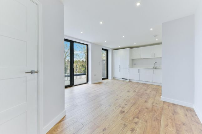 1 bed flat for sale in Albion Grove, London N16
